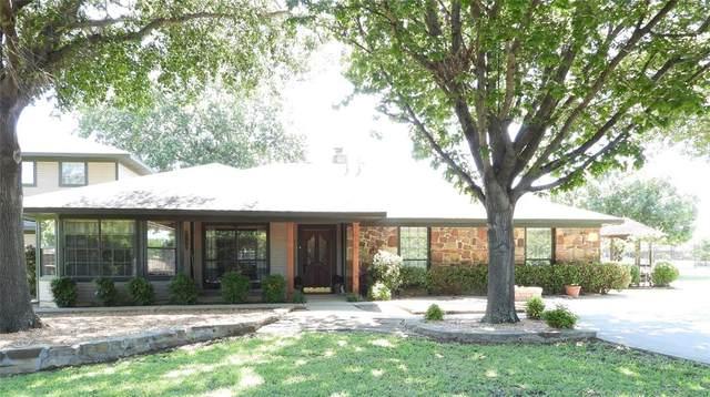 3720 Auburn Drive, Flower Mound, TX 75022 (MLS #14348032) :: Frankie Arthur Real Estate