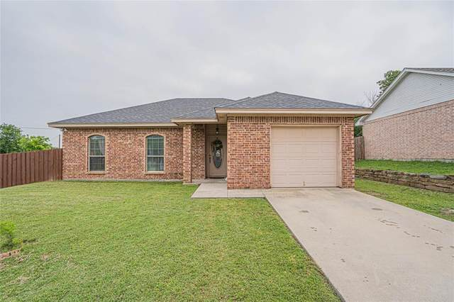 501 W Carpenter Street, Decatur, TX 76234 (MLS #14348389) :: NewHomePrograms.com LLC