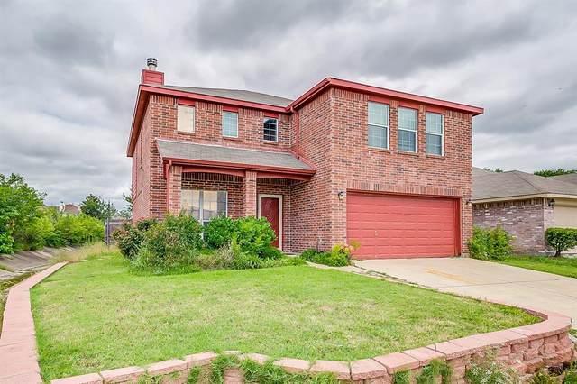 8128 Shoshoni Drive, Arlington, TX 76002 (MLS #14348480) :: Team Hodnett