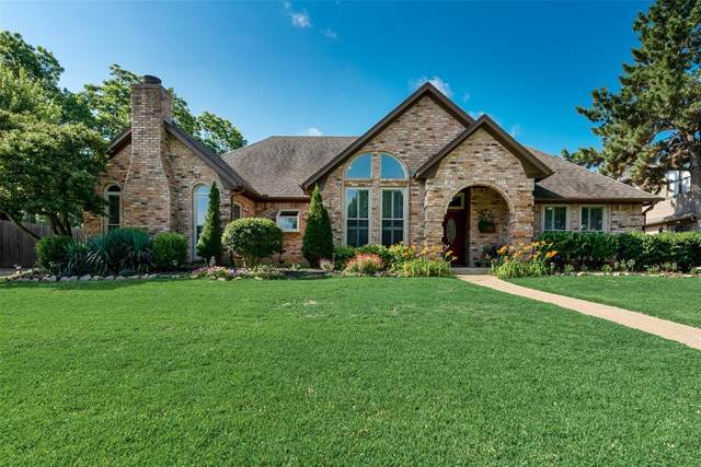 3029 Sweet Briar Street, Grapevine, TX 76051 (MLS #14348490) :: Frankie Arthur Real Estate