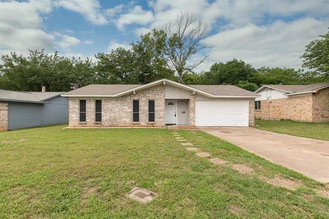 1116 Saturn Drive, Cedar Hill, TX 75104 (MLS #14348497) :: Century 21 Judge Fite Company