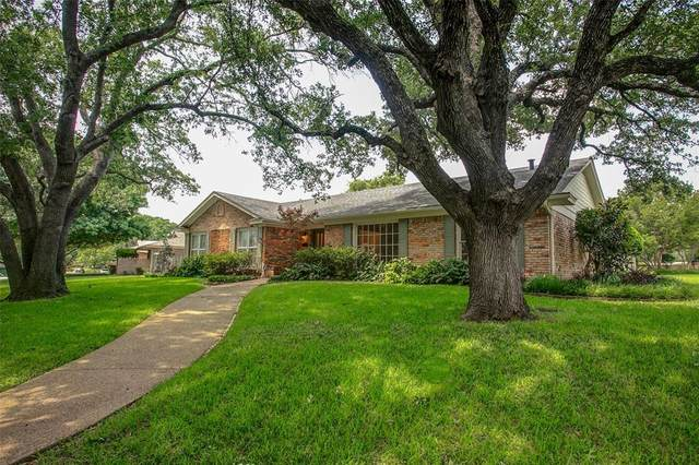 3900 Summercrest Drive, Fort Worth, TX 76109 (MLS #14348580) :: North Texas Team | RE/MAX Lifestyle Property
