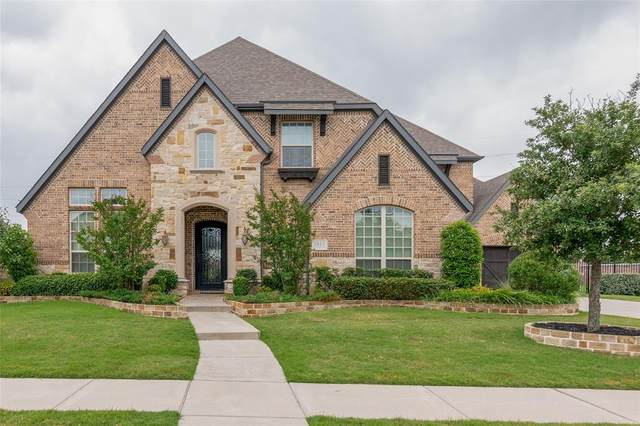 2013 Foxborough Trail, Flower Mound, TX 75028 (MLS #14348688) :: Real Estate By Design