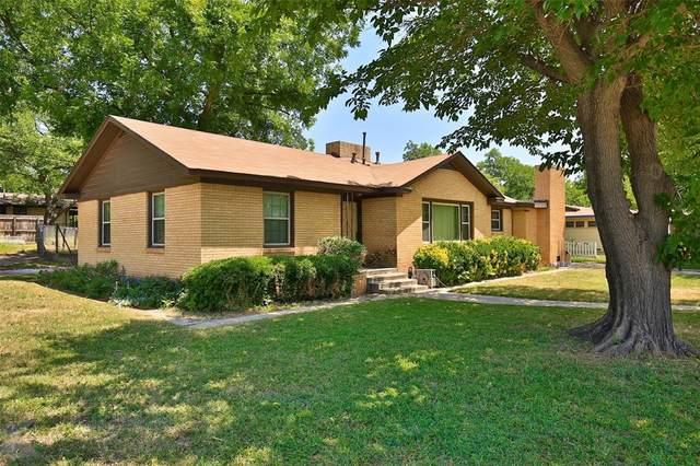 2125 Cedar Crest Drive, Abilene, TX 79601 (MLS #14348744) :: The Heyl Group at Keller Williams