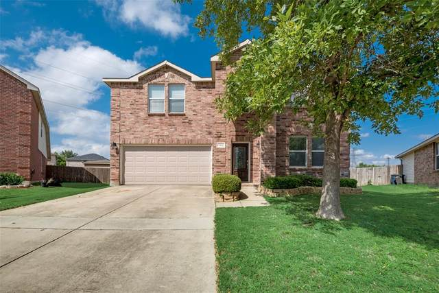 7464 Candler Drive, Fort Worth, TX 76131 (MLS #14349155) :: The Good Home Team