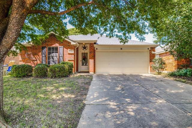 2122 Cedar Park Drive, Forney, TX 75126 (MLS #14349409) :: The Chad Smith Team