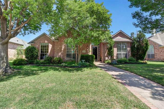 436 Beacon Hill Drive, Coppell, TX 75019 (MLS #14349521) :: Ann Carr Real Estate