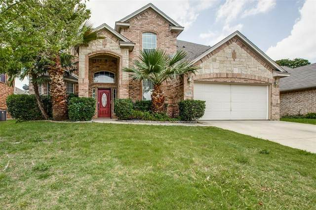 2117 Kingsley Drive, Mansfield, TX 76063 (MLS #14349568) :: HergGroup Dallas-Fort Worth