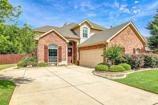 8004 Summerleaf Drive, Arlington, TX 76001 (MLS #14349636) :: The Kimberly Davis Group