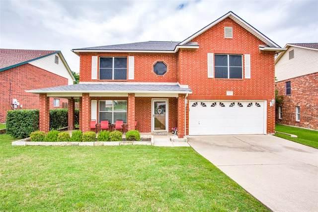 325 Cortland Circle, Roanoke, TX 76262 (MLS #14349700) :: The Mauelshagen Group