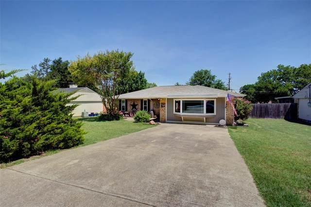 307 Linkwood Drive, Duncanville, TX 75137 (MLS #14349719) :: Century 21 Judge Fite Company