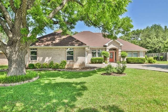 308 Casas Del Norte Street, Granbury, TX 76049 (MLS #14349744) :: Team Tiller