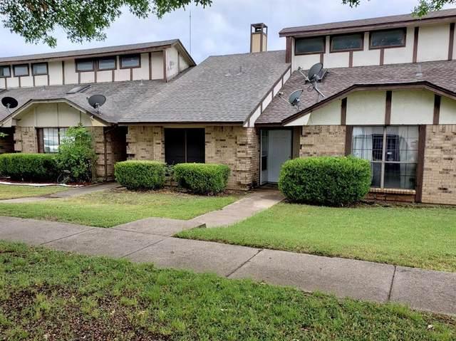 211 Cedar Bend Drive, Cedar Hill, TX 75104 (MLS #14349824) :: Team Tiller
