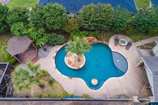 110 W Crockett Street, Wolfe City, TX 75496 (MLS #14349848) :: Real Estate By Design