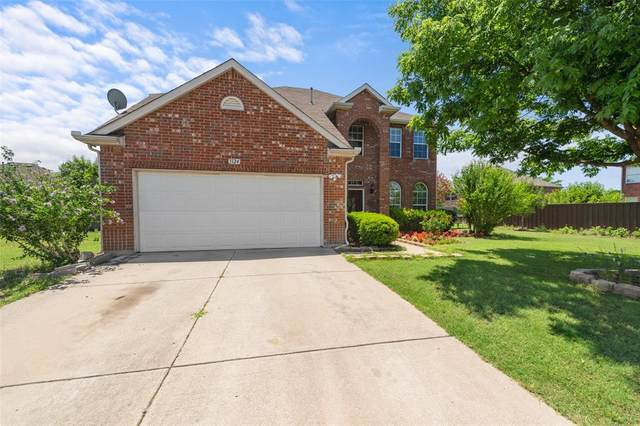 1124 Timber Creek Drive, Lewisville, TX 75067 (MLS #14349858) :: HergGroup Dallas-Fort Worth