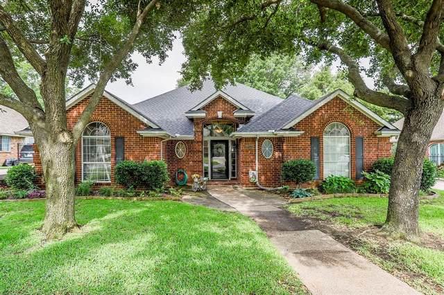 8553 Steeple Ridge Drive, North Richland Hills, TX 76182 (MLS #14349912) :: The Mauelshagen Group