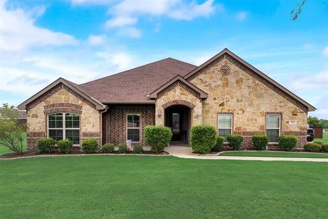 135 Kelly Drive, Waxahachie, TX 75167 (MLS #14349924) :: Century 21 Judge Fite Company
