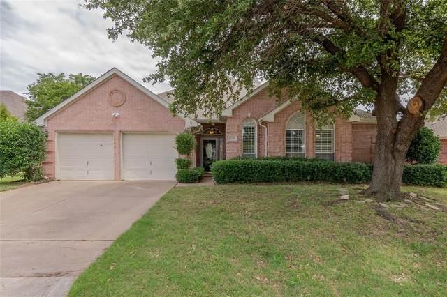 1719 Los Prados Trail, Arlington, TX 76006 (MLS #14349925) :: Real Estate By Design