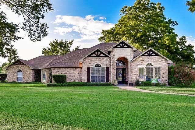 205 E Kaufman Street, Mabank, TX 75147 (MLS #14349992) :: EXIT Realty Elite