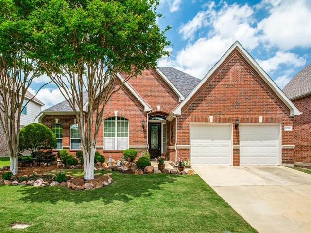8700 Ponderosa Drive, Mckinney, TX 75072 (MLS #14350055) :: The Heyl Group at Keller Williams