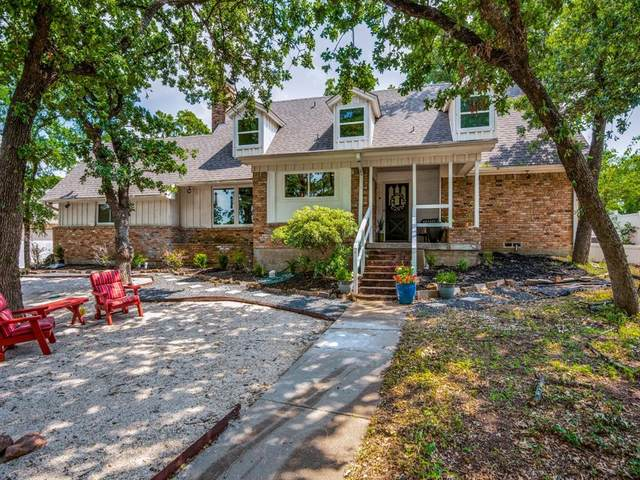 218 E Rochelle Boulevard, Irving, TX 75062 (MLS #14350079) :: Real Estate By Design