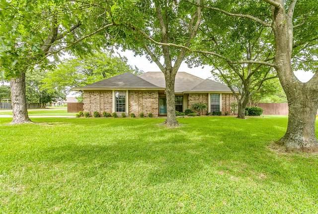 419 Ryan Avenue, Burleson, TX 76028 (MLS #14350242) :: The Rhodes Team
