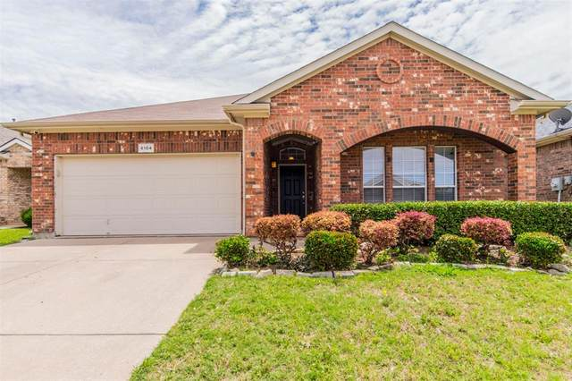 6104 Melanie Drive, Fort Worth, TX 76131 (MLS #14350290) :: All Cities USA Realty
