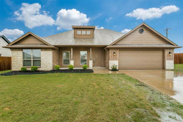 303 Nolan River Run, Godley, TX 76044 (MLS #14350462) :: All Cities USA Realty