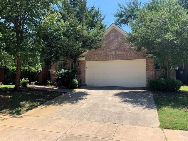6215 Fannin Drive, Arlington, TX 76001 (MLS #14350665) :: Frankie Arthur Real Estate