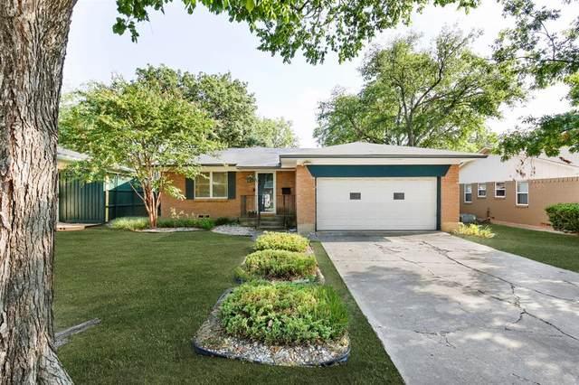 1243 Danville Drive, Richardson, TX 75080 (MLS #14350688) :: Hargrove Realty Group
