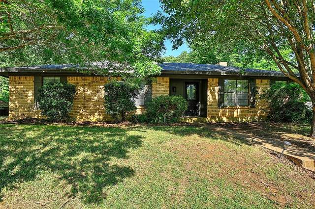 3005 Belle Avenue, Denison, TX 75020 (MLS #14350689) :: Team Hodnett