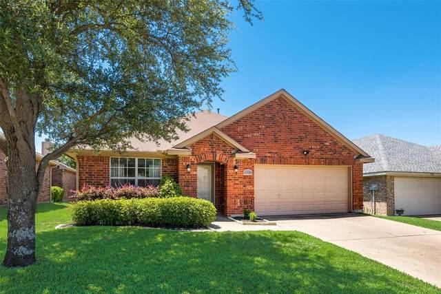 9221 Chesapeake Lane, Mckinney, TX 75071 (MLS #14350715) :: All Cities USA Realty