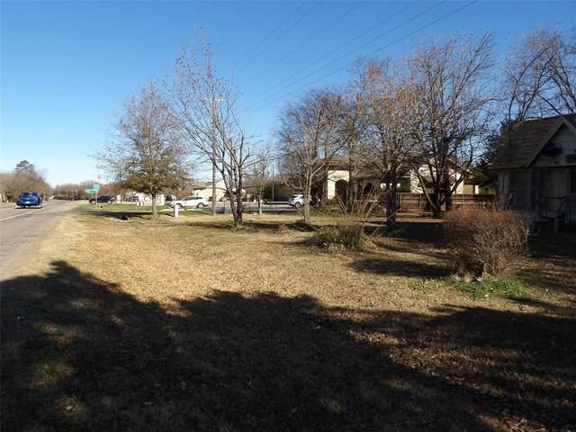 114 Main Street, Yantis, TX 75482 (MLS #14350784) :: Ann Carr Real Estate