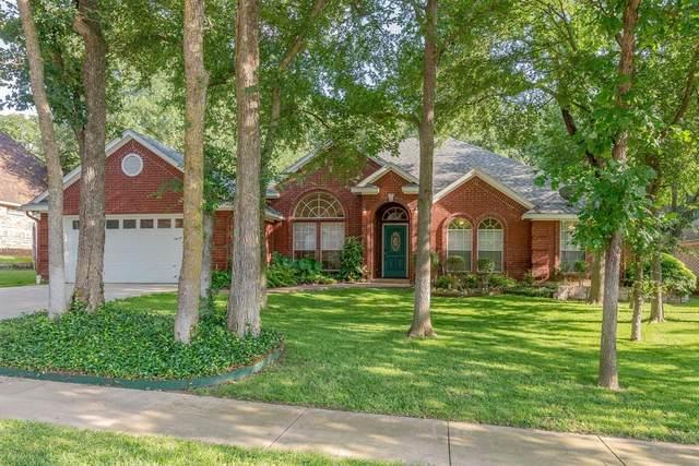 1604 Briar Drive, Bedford, TX 76022 (MLS #14351081) :: Real Estate By Design