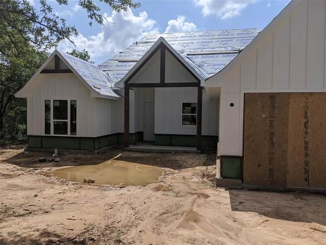 410 Jim Walter, Runaway Bay, TX 76426 (MLS #14351139) :: Robbins Real Estate Group