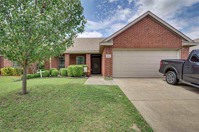 2025 Moonlight Trail, Heartland, TX 75126 (MLS #14351142) :: Robbins Real Estate Group