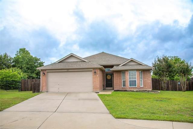 105 Kensington Court, Rhome, TX 76078 (MLS #14351173) :: The Rhodes Team