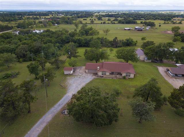 1839 County Road 121, Gainesville, TX 76240 (MLS #14351175) :: Team Hodnett