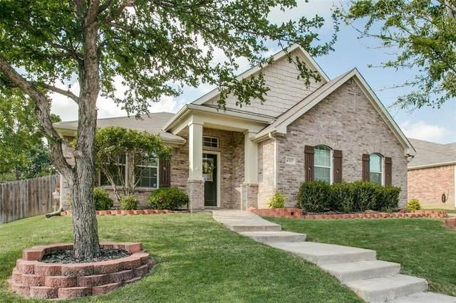 6317 Saint Andrews Drive, North Richland Hills, TX 76180 (MLS #14351275) :: Tenesha Lusk Realty Group