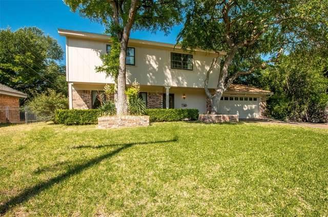 8601 Marys Creek Drive, Benbrook, TX 76116 (MLS #14351373) :: Potts Realty Group