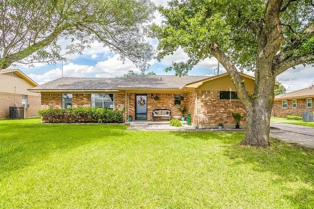 332 Country Club Drive, Hillsboro, TX 76645 (MLS #14351381) :: Century 21 Judge Fite Company