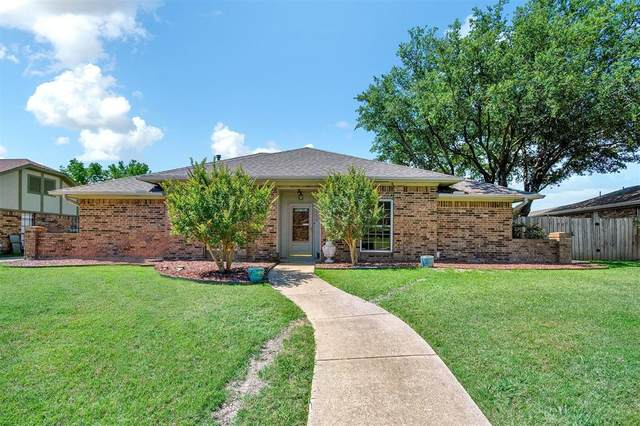2230 San Simeon, Carrollton, TX 75006 (MLS #14351387) :: The Good Home Team
