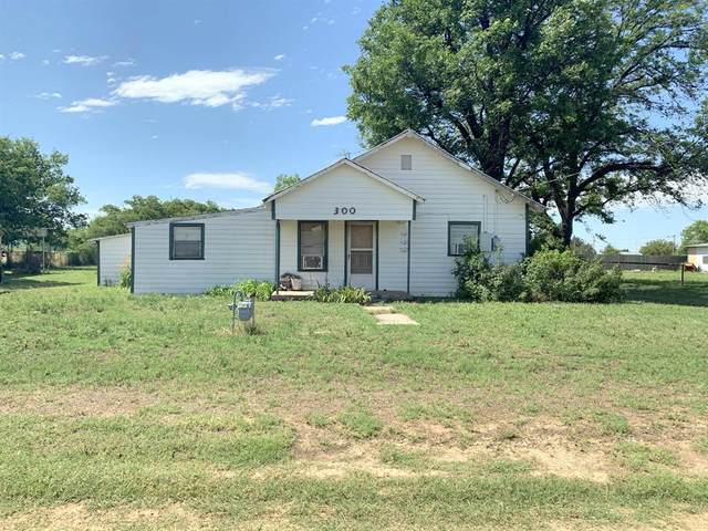 300 S 3rd Street E, Haskell, TX 79521 (MLS #14351589) :: Potts Realty Group