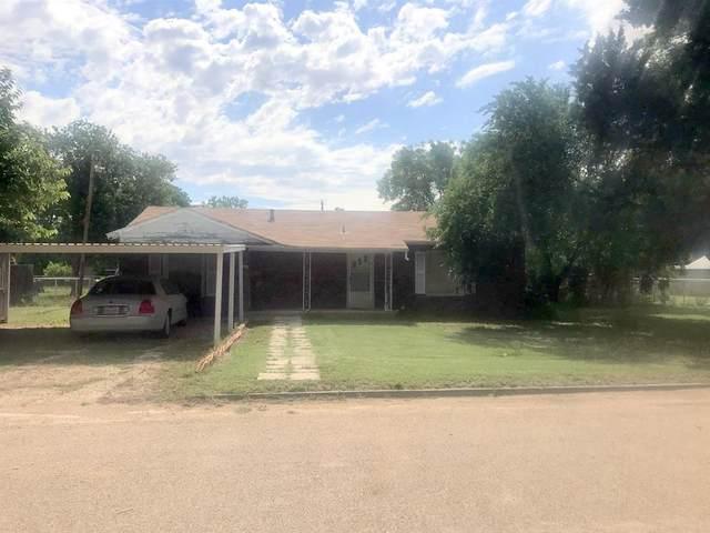 1004 N Avenue K, Haskell, TX 79521 (MLS #14351618) :: Potts Realty Group