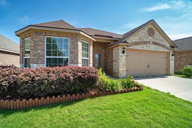 4217 Tower Lane, Crowley, TX 76036 (MLS #14351627) :: Potts Realty Group