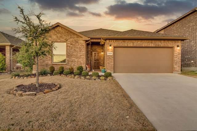13828 Langston Lake Drive, Fort Worth, TX 76262 (MLS #14351638) :: The Kimberly Davis Group