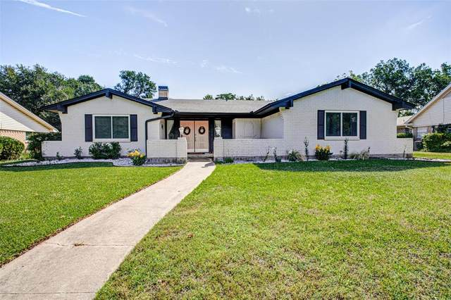 3007 N Ricketts Street, Sherman, TX 75092 (MLS #14351829) :: Team Hodnett