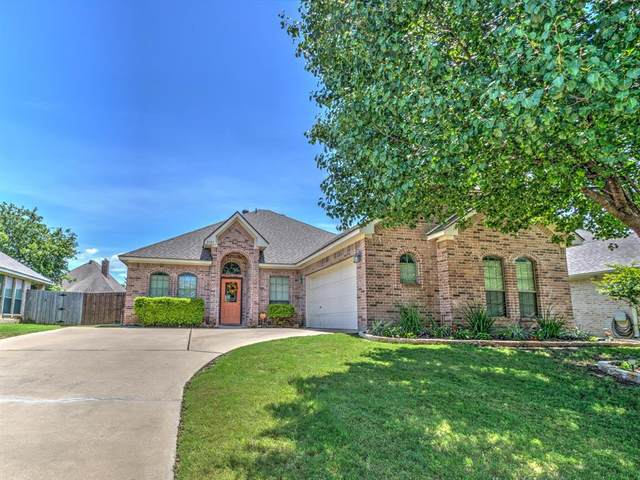 8321 Asta Court, Benbrook, TX 76126 (MLS #14351950) :: Tenesha Lusk Realty Group