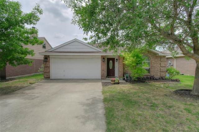2708 Brea Canyon Road, Fort Worth, TX 76108 (MLS #14351963) :: Tenesha Lusk Realty Group