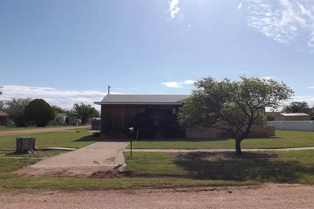 111 SW Avenue G, Hamlin, TX 79520 (MLS #14351987) :: The Welch Team